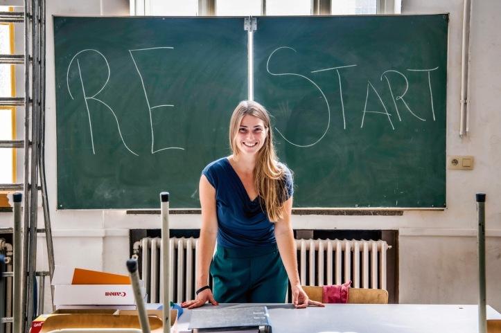 Nina_Wennink,_leerkracht_lerares_leraar_Nederlands_in_het_Centre_d'Education_et_de_Formation_en_Alternance_(CEFA)_in_Elsene_en_Schaarbeek_(c)_Saskia_Vanderstichele
